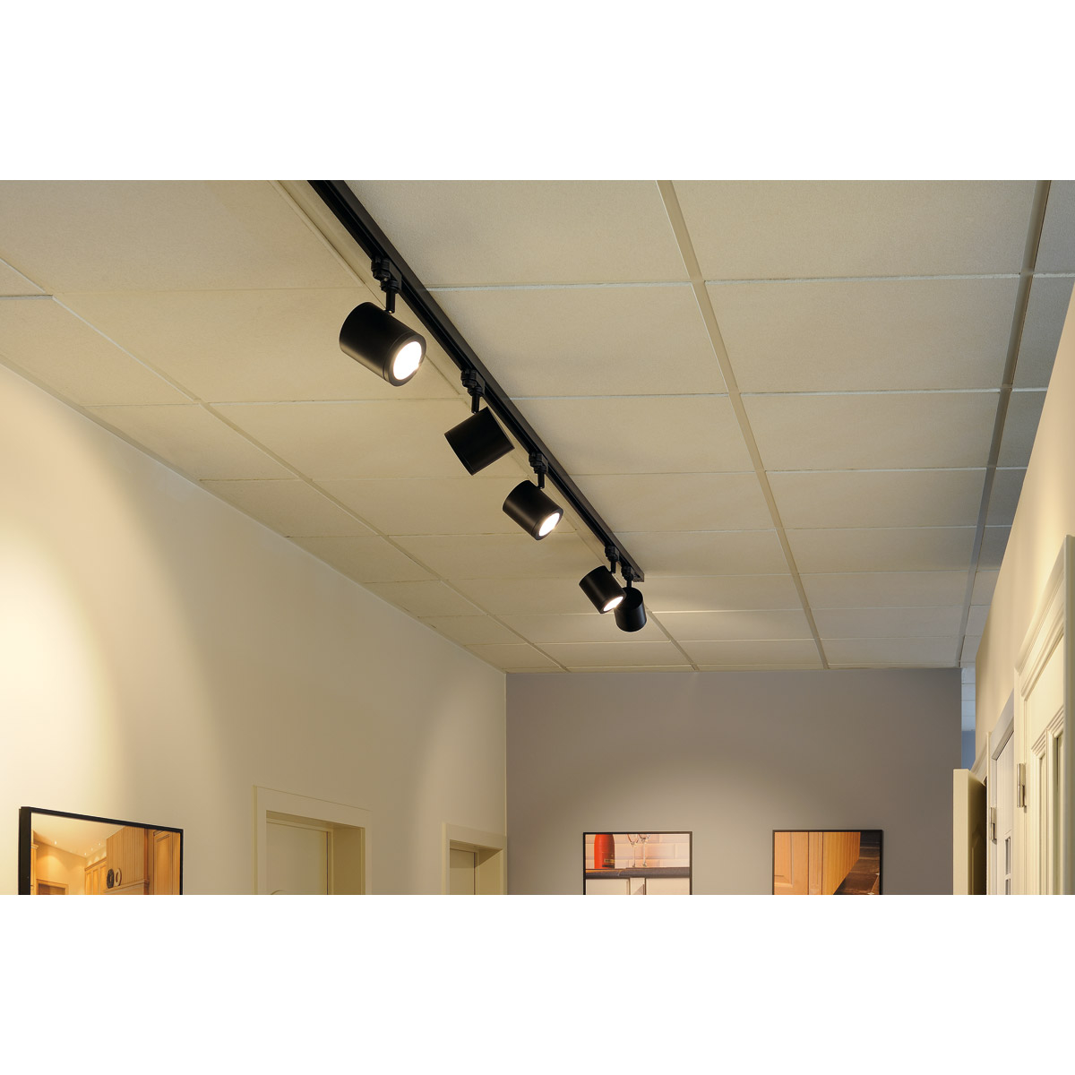 LED-kohdevaloilla kodin yksityiskohdat kauniisti esiin