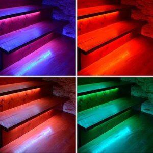 RGB LED-nauhat sekä RGBW LED-nauhat portaissa